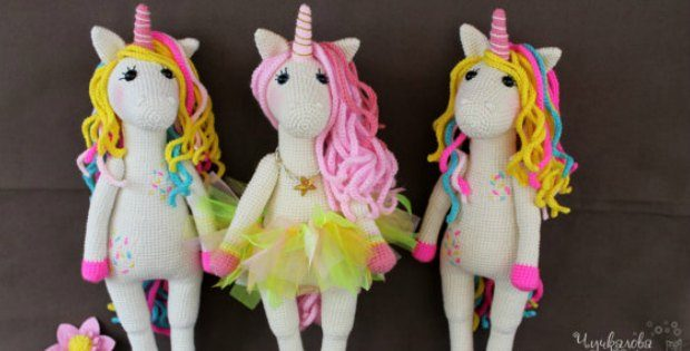 crochet unicorn amigurumi pattern. ils on this crochet unicorn. My grand daughter is going to LOVE this doll, she's crazy for unicorns.