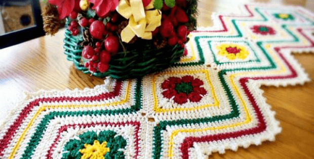 Joyful Flowers Table Runner Pattern by The Pattern Paradise