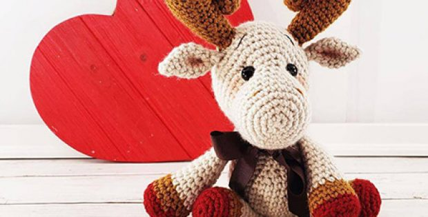 Mini Crochet Moose Pattern By Sweet Oddity Art