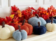 Crochet Pumpkins Pattern by Yarnspirations