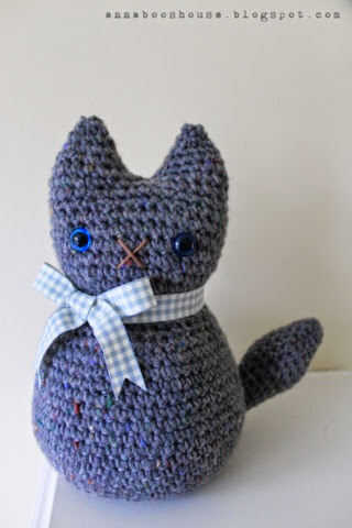 Free Moogy Cat Door Stop Pattern by Annaboo's House