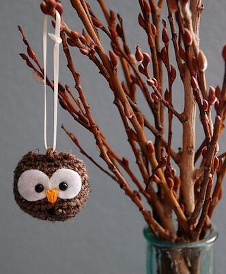33. Baby Owl Halloween Amigurumi Pattern by Josephine Wu