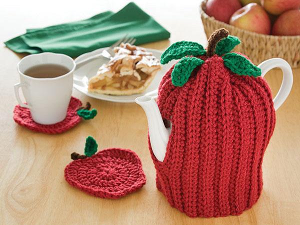 Apple Tea Cozy Crochet Pattern by Crochet Magazine