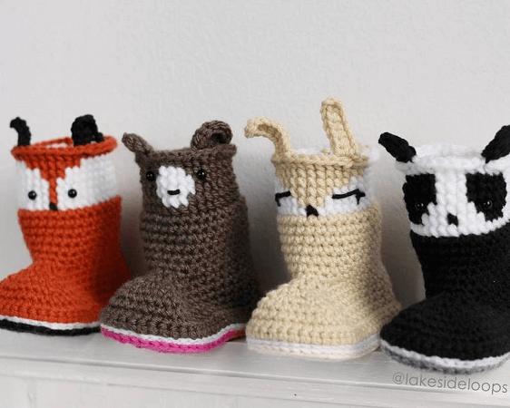 Slipper Crochet Baby Boots Pattern by Lakeside Loops