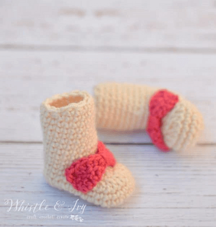 Simple Newborn Free Crochet Baby Boots Pattern by Whistle And Ivy