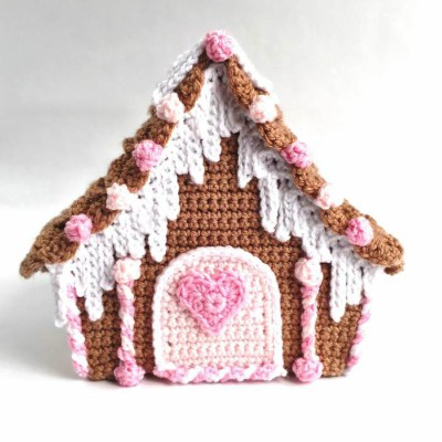 Free Crochet Gingerbread House Pattern, 3 part tutorial