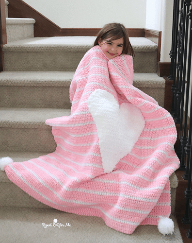 Crochet Heart Blanket Pattern by Repeat Crafter Me
