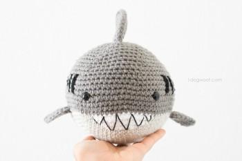 Shark Amigurumi Free Pattern