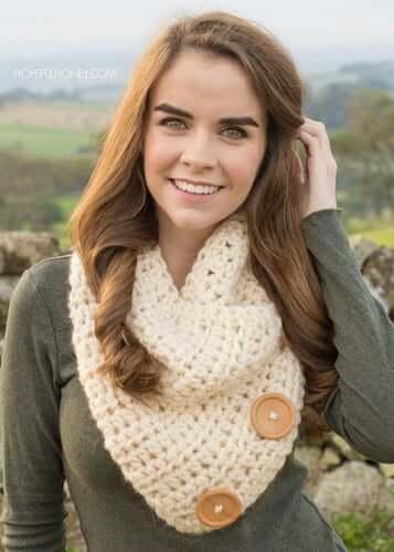 Basic Chunky Button Cowl Crochet Pattern by Hopeful Honey Designs