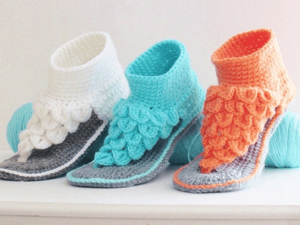 Crocodile Stitch Sandals Crochet Pattern by Crochet Baby Boutique