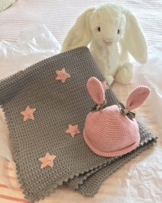 Grey Simple Star Baby Blanket Crochet Pattern