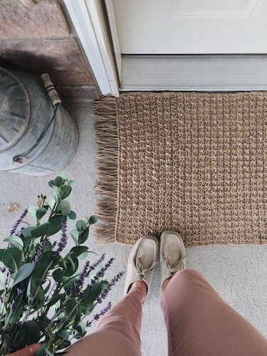 Crochet Textured Jute Rug Pattern by Megmade With Love