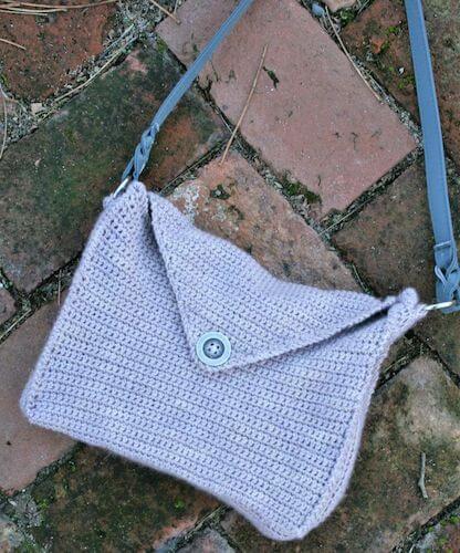 Italian Spy Handbag Crochet Pattern by Linda Dean Crochet