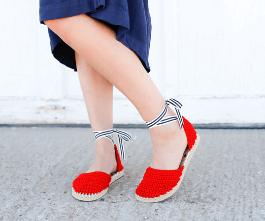 Crochet Espadrilles With Flip Flop Soles Pattern by Make And Do Crew
