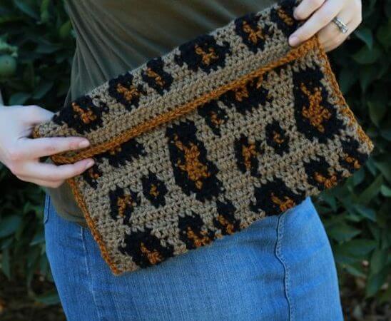Crochet Leopard Clutch Pattern by E'Claire Makery