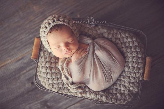 newborn puff stitch bonnet