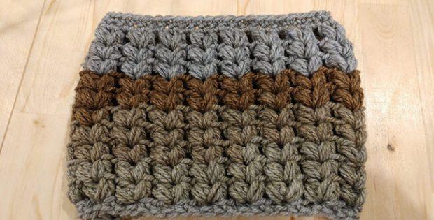 V Puff Stitch Cowl Pattern