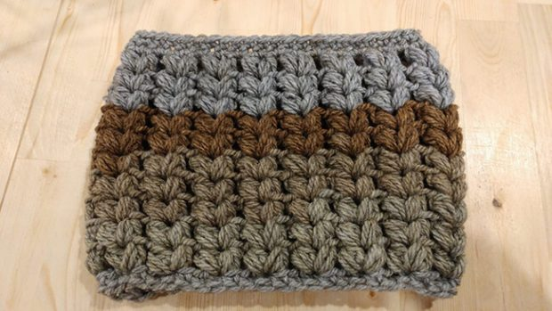 V Puff Stitch Cowl Pattern By All Day Crochet
