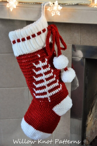 14-The-Nordic-Dreams-Crochet-Christmas-Stocking-Pattern-Willow-Knot-Patterns