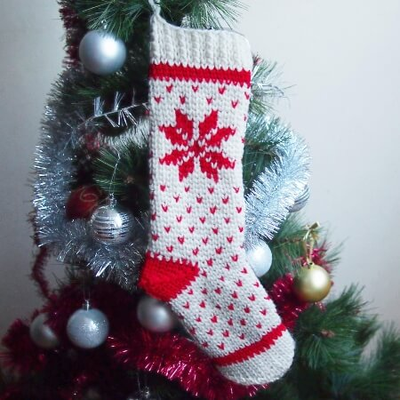 20-Crochet-pattern-Fair-Isle-knit-look-Christmas-stocking-Ana-Design