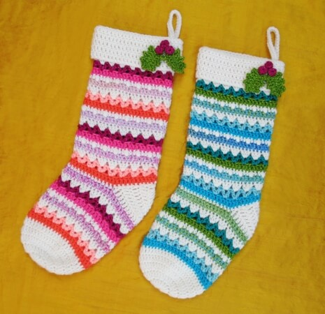 41-FESTIVE-CHRISTMAS-STOCKINGS-FREE-CROCHET-PATTERN-Gleeful-Things