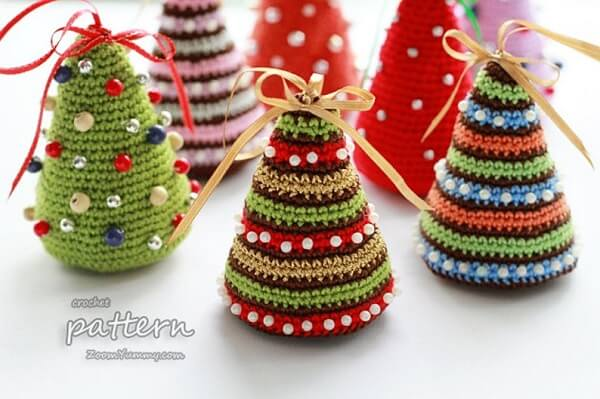 Little Colorful Christmas Trees Crochet Pattern by ZoomYummy