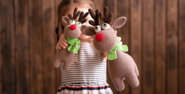 Crochet pattern Rudolf the Reindeer by MommyPatterns