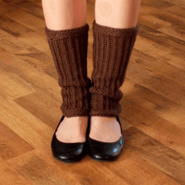 Easy Crochet Leg Warmers Pattern by Mama Chee