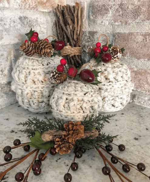 Farmhouse Crochet Christmas Ornament Pattern by Nellas Cottage