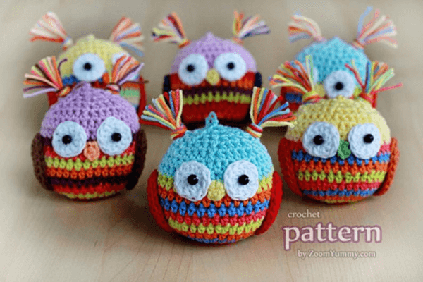 Owl Ball Crochet Christmas Ornament Pattern by Zoom Yummy