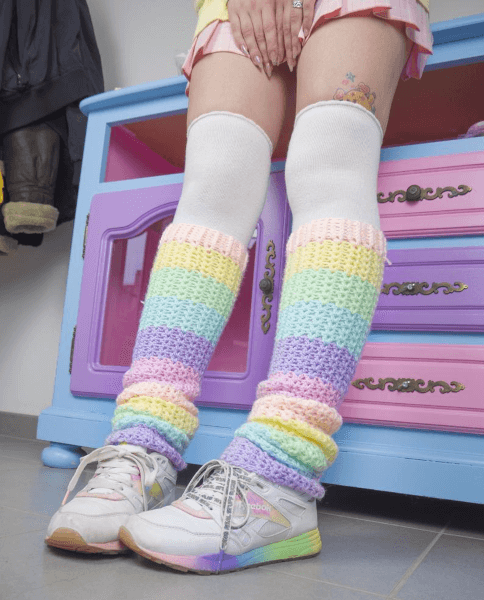 Pastel Crochet Leg Warmers Pattern by Dolly Daydream Crochet