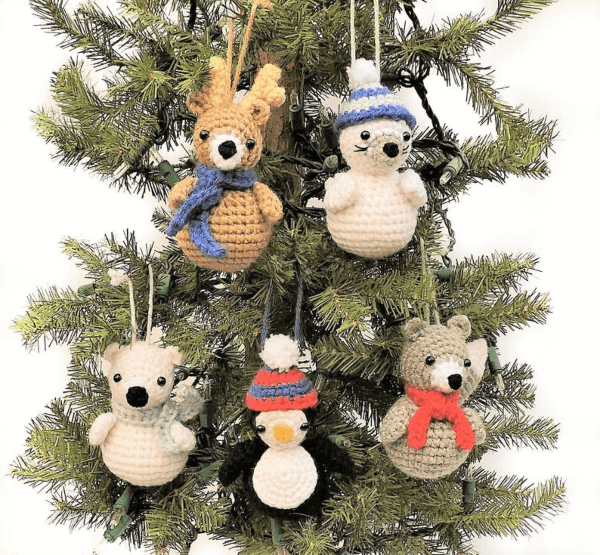 Polar Animals Crochet Christmas Pattern by Crochet to Play