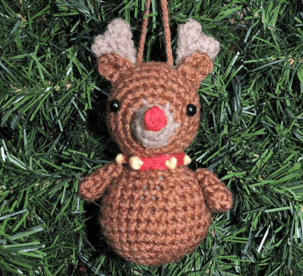 Reindeer Crochet Christmas Ornament Pattern by Crochet to Play