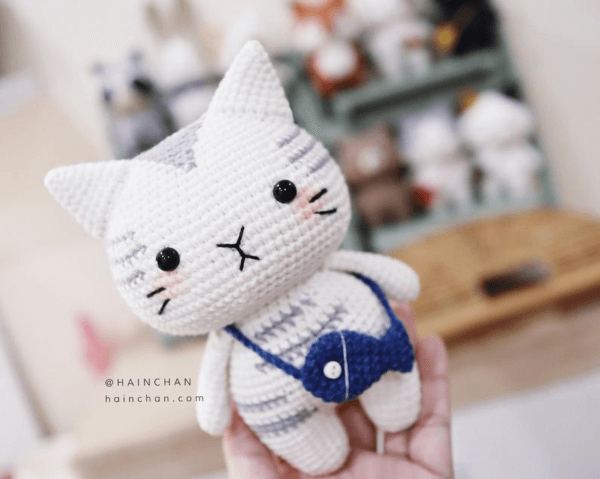 Silver Tabby Crochet Cat Pattern by HainChan