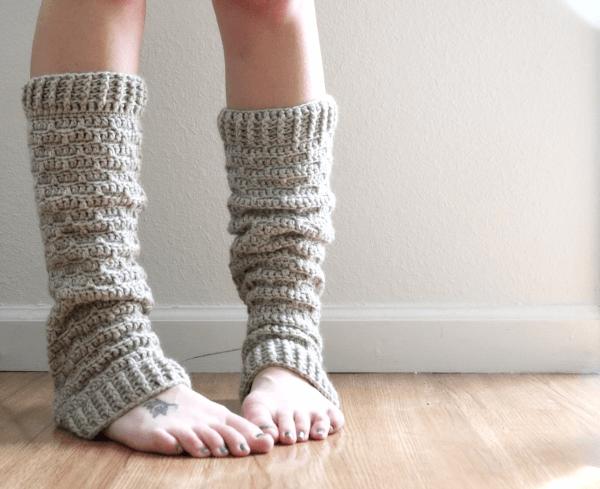 Slouchy Crochet Leg Warmer Pattern by Sigoni Macaroni