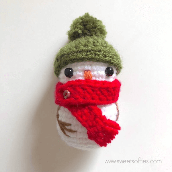 Tiny Snowman Crochet Christmas Ornament Pattern by Sylemn