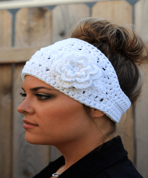 Boho Flower Headband Crochet Pattern by Dakotah Knits