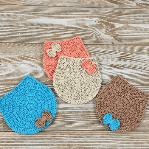 Crochet Cat Coaster Pattern by Tikva Patterns