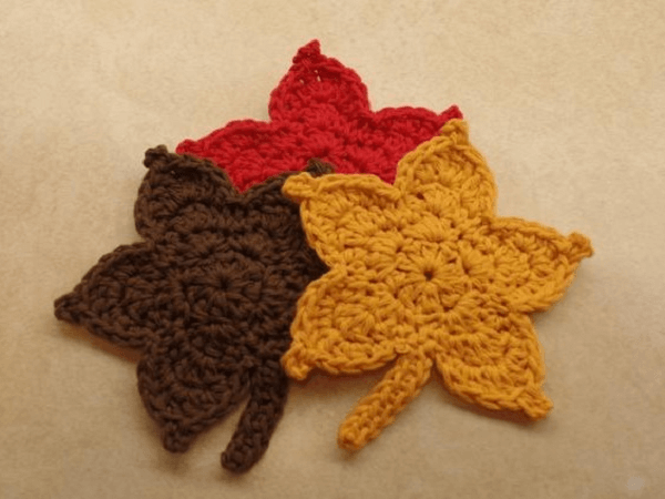 Easy Crochet Leaf Pattern by Bago Day Crochet
