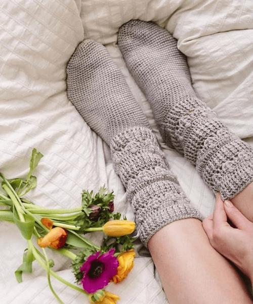 Crochet Pearl Socks Pattern by Mon Petit Violon