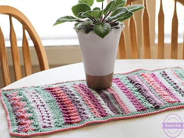 Crochet Table Runner Pattern by Ashleigh