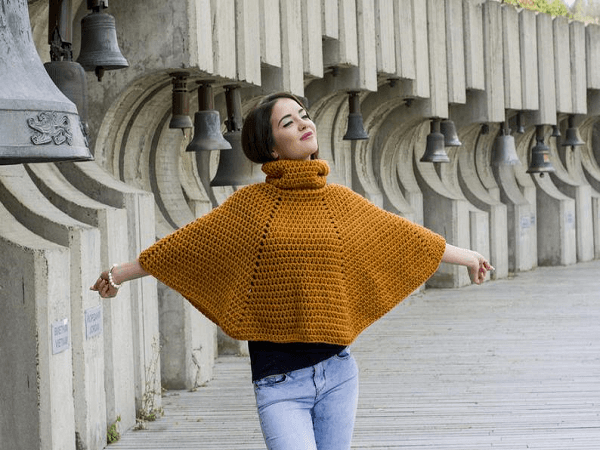 Crochet Winter Chunky Poncho Pattern by Avarus Crochet Designs