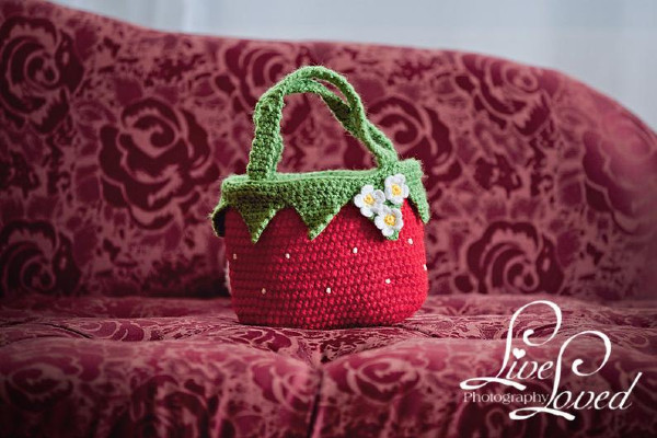 flower detail baby small strawberry crochet hand bag