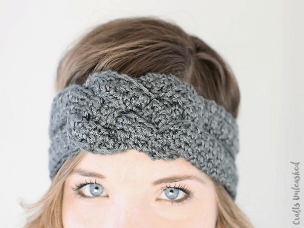 Sailor Knot Crochet Headband Pattern by Crafts Unleashed
