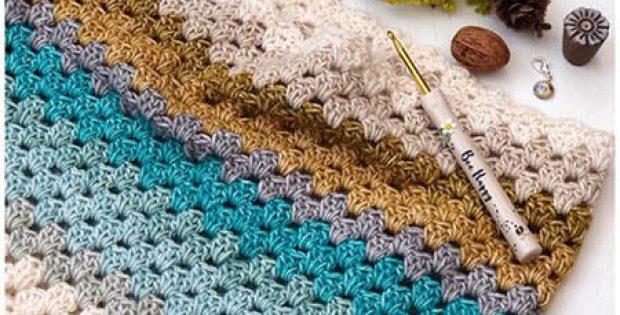 Lightweight Crochet Cowl Pattern