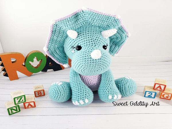 Triceratops Dinosaur Crochet Pattern by Sweet Oddity Art