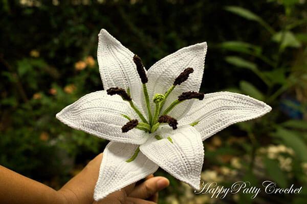 Oriental Lily Flower Crochet Pattern