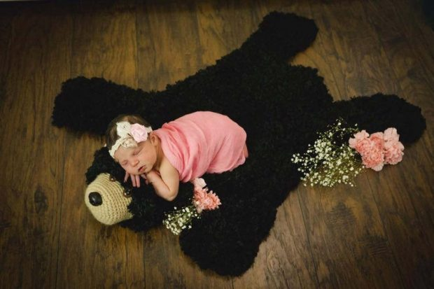 baby prop photoshoot crochet bear rug pattern