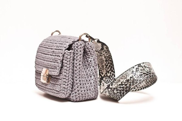 chic casual crochet crossbody sling bag with pocket