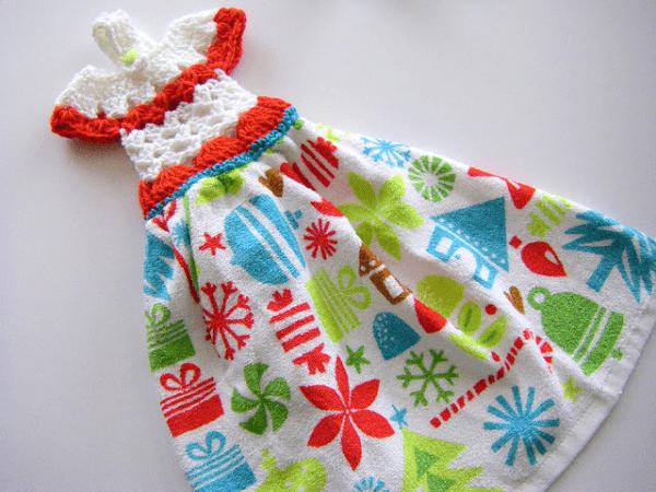 Dressy Towel Topper Pattern by Sew Ritzy
